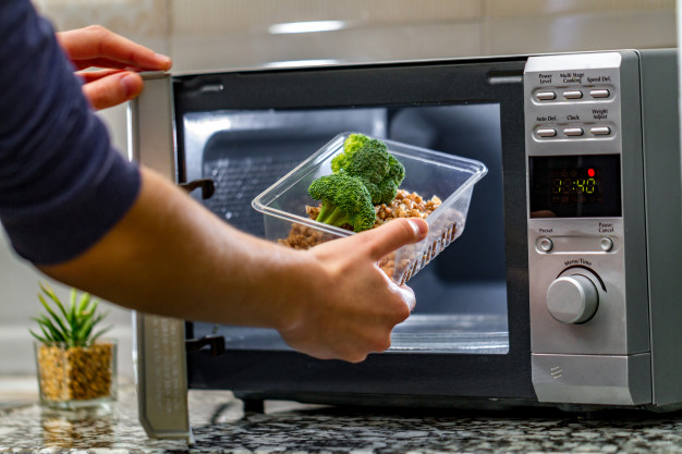 11 Best Microwave Ovens in India 2021 – Reviews & Buyer's Guide